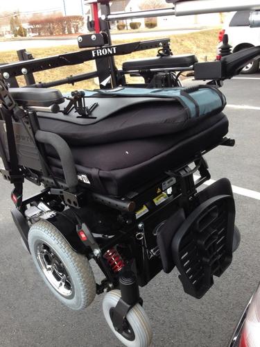 Tractor Wheelchair Lift : Adaptive mobility equipment handicap vans wheelchair